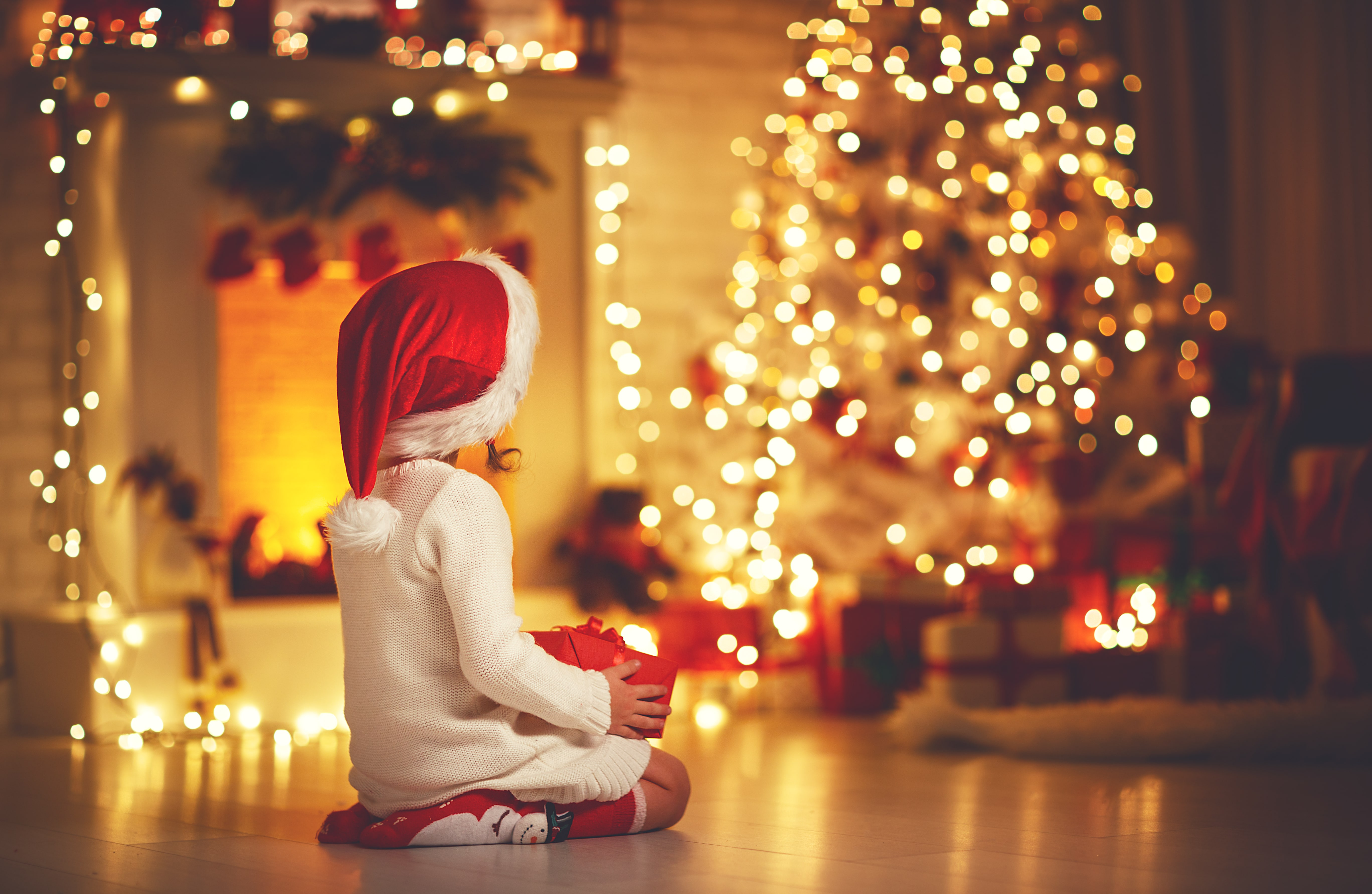 Top Tips To Getting Your Kids To Sleep On Christmas Eve